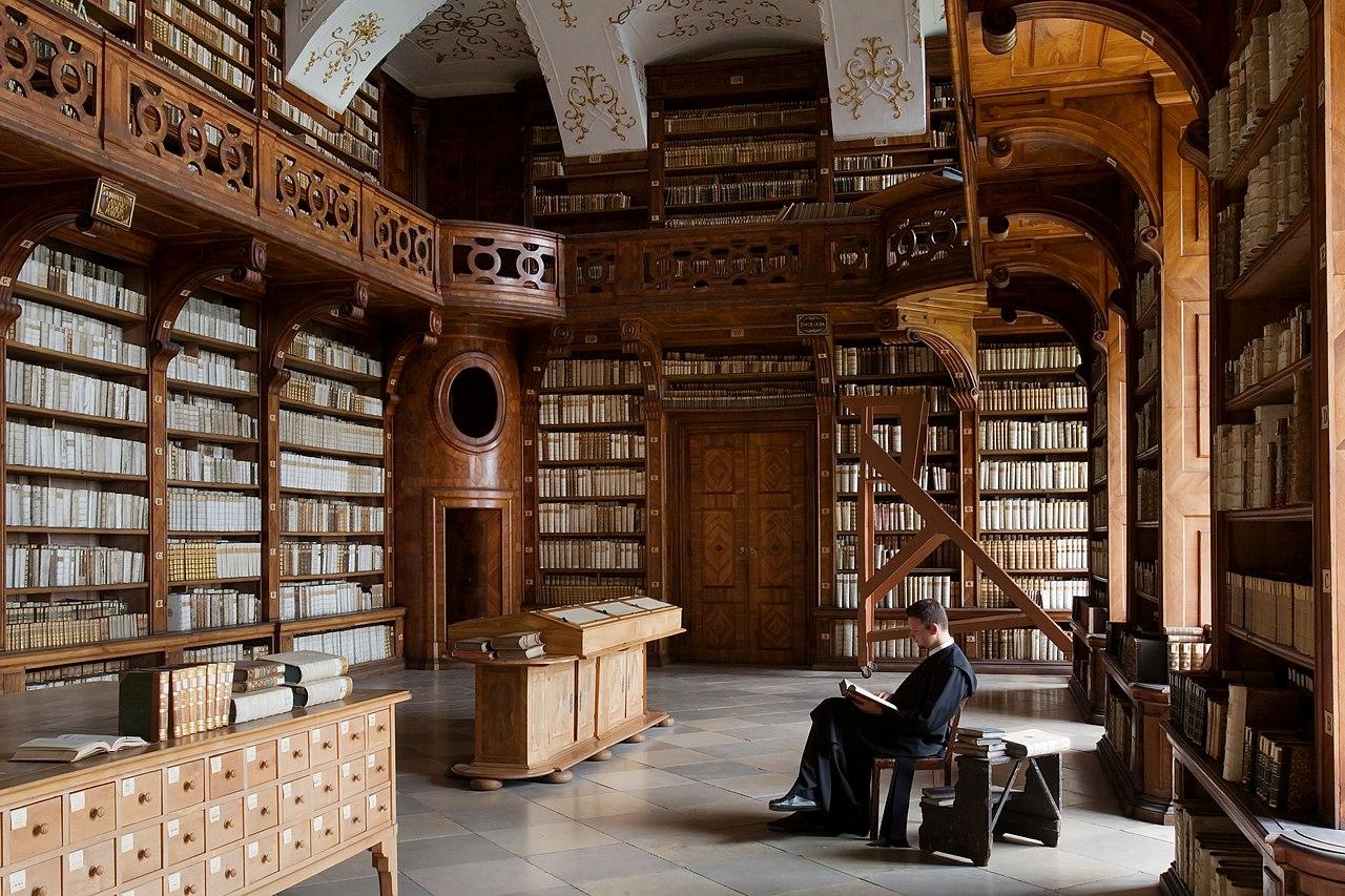 La bibliothèque de l'abbaye de Göttweig (Basse-Autriche).  (définition réelle 4368×2912)