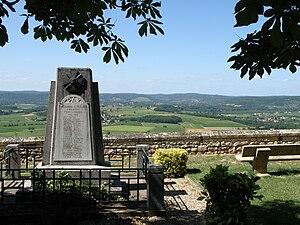 Bélaye - The war memorial in Bélaye