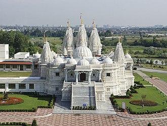 BAPS Shri Swaminarayan Mandir Toronto - Image: BAPS Toronto Mandir exterior 7
