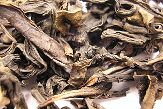 Ban Tian Yao tea - Image: Ban Tian Yao Oolong tea leaf close