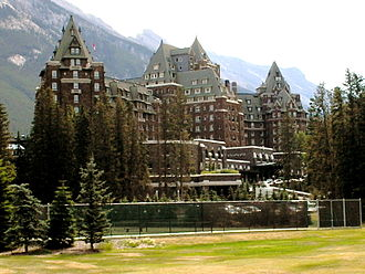 Conference and resort hotels - Image: Banff Springs Hotel 1