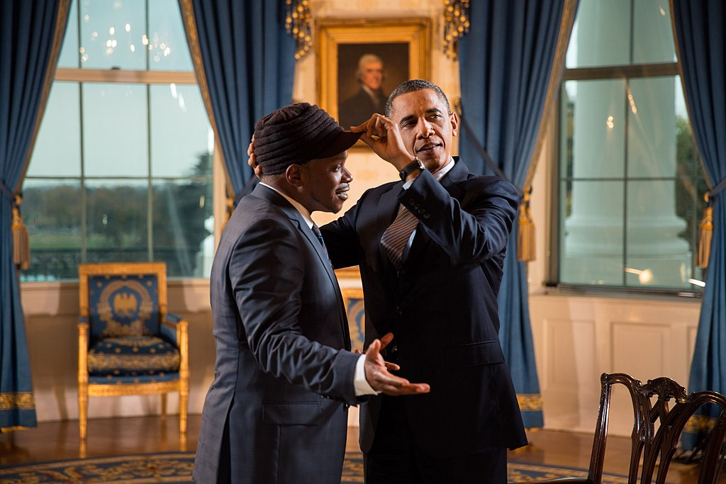 Filebarack Obama And Sway Callowayg Wikimedia Commons