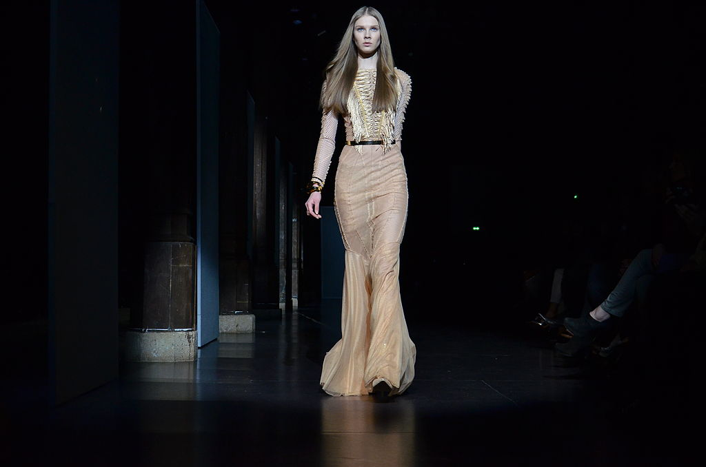 File basil soda spring summer haute couture 2012 49 jpg for Haute couture wikipedia