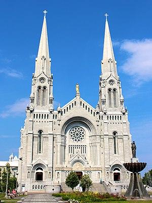 Basilica of Sainte-Anne-de-Beaupré - Image: Basilica of Sainte Anne de Beaupre in Sainte Anne de Beaupre, Quebec, Canada