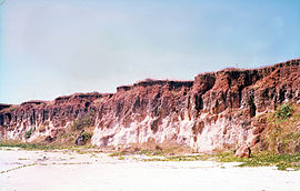 Bauxite section on kaolinitic sandstone C 007-2.jpg