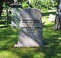 Berlin, Mitte, Invalidenfriedhof, Feld A, Grab Richard von Kraewel.jpg