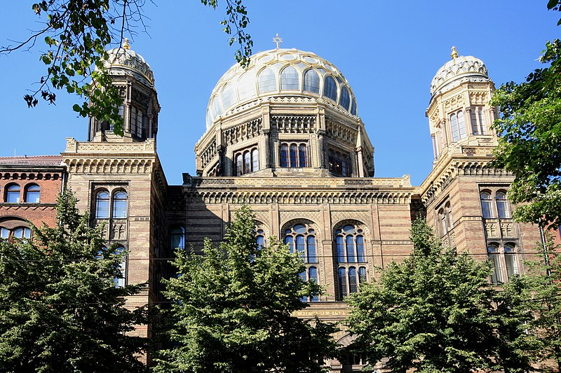 File:Berlin Neue Synagoge 2010.jpg
