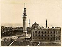 Beyazıt Tower, İstanbul (12967655285).jpg