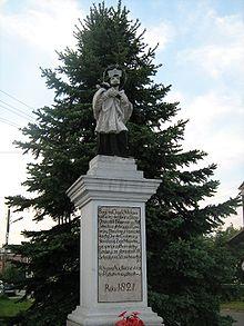 Figura św. Jana Nepomucena, patrona biłgorajskich sitarzy