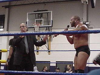 Bill Apter - Apter (left) with Rodney Mack in 2005.