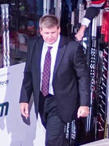 Description de l'image Bill Peters Hurricanes.jpg.