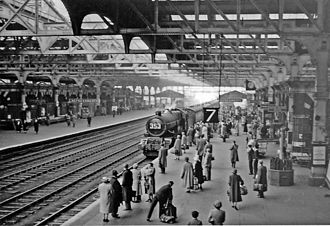 Birmingham Snow Hill railway station - Old Snow Hill station in 1957.