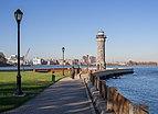 Blackwell Island Light (41757).jpg