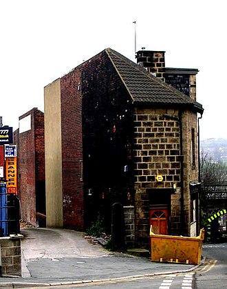 Back-to-back house - Blind back terrace in Bramley, Leeds