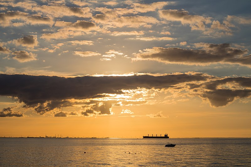 File:Boat at Sunset (31336500725).jpg