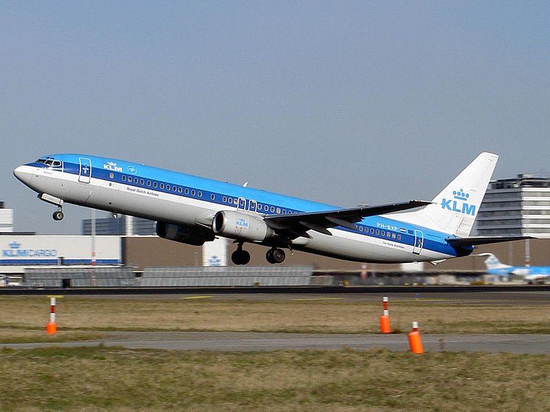 800px-Boeing_737-900_KLM_PH-BXP.jpg