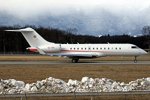 Bombardier BD-700-1A10 Global Express.jpg