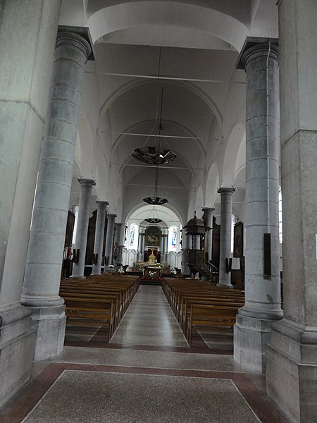 Bousies (Nord, Fr) église Saint-Rémi, intérieur.