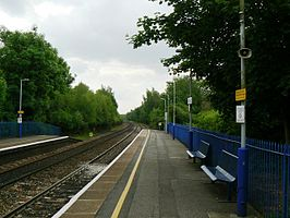 Bramley (Hampshire) railway station in 2008.jpg
