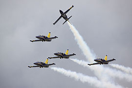 Breitling Display Team - RIAT 2009 (3751092461).jpg