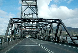 Bridgewater Bridge (Tasmania) - The Bridgewater Bridge, Tasmania, from the eastern access near the town of Bridgewater (facing west).