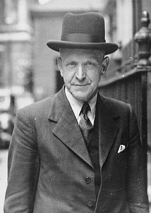 Wilfred Paling - Image: British Political Personalities 1936 1945 HU59767