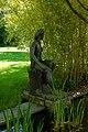 Bronzeplastik Frauenfigur am Wasser (Johanna Keller 1952) 03.jpg