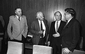 Wolfgang Altenburg - Altenburg talking to members of the Bundestag, 1983.