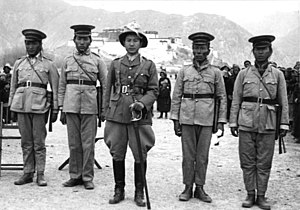 Tibetan Army - 1938 new year's military parade of Tibetan soldiers and officer near Lhasa's Potala