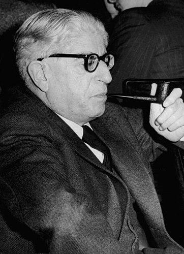 Блох в 1956 году