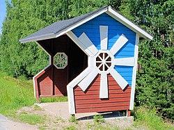 Bus stop shelter.wind- mill.jalasjarvi.20070703.ojp.jpg