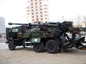 CAESAR self-propelled howitzer - Image: CAESAR (camion équipé d'un système d'artillerie) Strasbourg