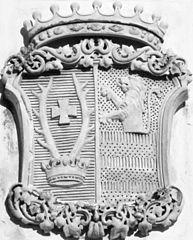 http://upload.wikimedia.org/wikipedia/commons/thumb/2/2f/COA_Zichy_-_Ferraris_Emanuel.jpg/193px-COA_Zichy_-_Ferraris_Emanuel.jpg