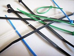 lien de serrage plastique