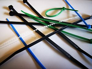 English: Assortment of cable ties