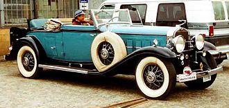 Cadillac V-16 - Image: Cadillac Series 452 A V 16 Convertible Coupe 1931