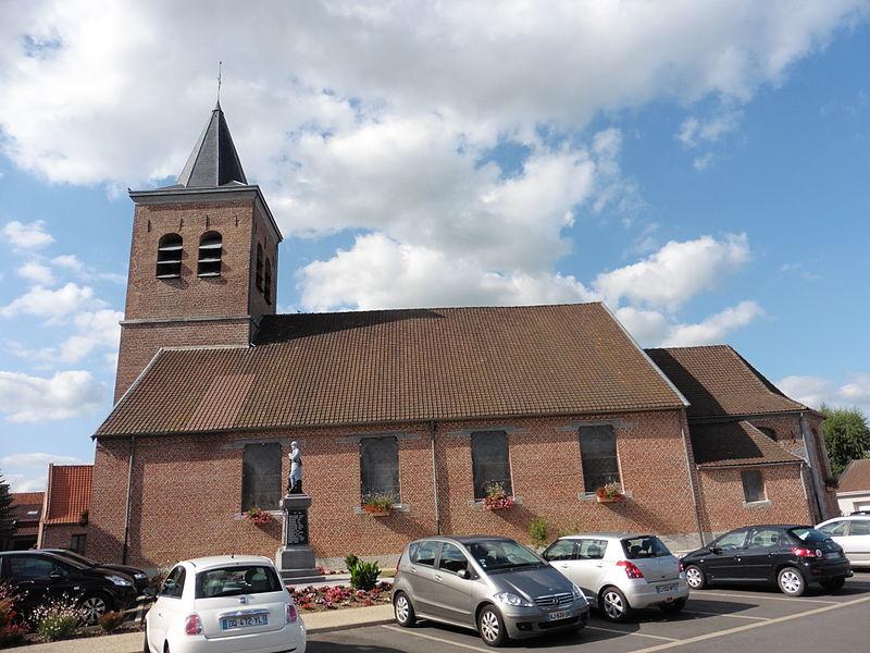 Camphin-en-Pévèle  Nord_(département_français)   Nord-Pas-de-Calais. l'église Saint Amand
