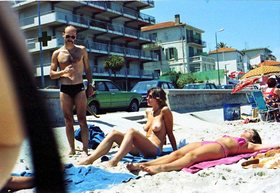 Cannes beach 1980 6