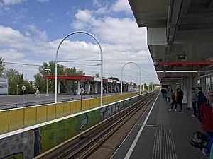 Capelsebrug metro station - Image: Capelsebrug station