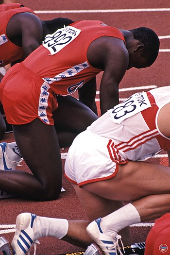 English: Carl Lewis in World Championships in ...