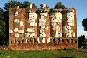 Luigi Canina - A wall of fragments assembled by Canina on the Appian Way next to the Casal Rotondo