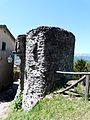 Castiglione di Garfagnana-mura e torri17.jpg