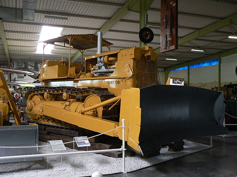 File:Caterpillar D9.JPG