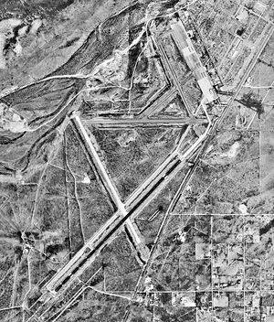 Cavern City Air Terminal-NM-19Oct1997-USGS.jpg