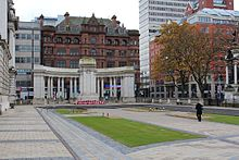 Cenotaph, Belfast City Hall, November 2012 (01).JPG