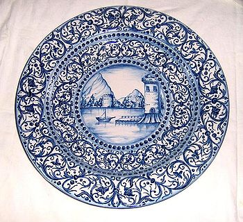Piatti Ceramica Di Caltagirone.Ceramica Di Caltagirone Wikipedia