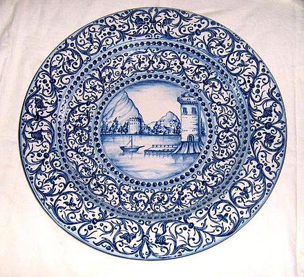 Majolica painting art of Caltagirone Ceramic Art Pottery Agatino Caruso Caltagirone 2.jpg