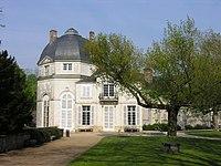 Château de Châteauneuf-sur-Loire, Loiret, France.jpg