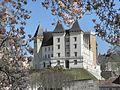 Château de Pau, ciel bleu, vu du parc.jpg