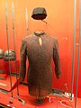Chain mail and helmet (14196306734).jpg